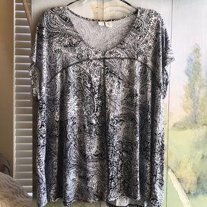 Artisan NY black and white blouse